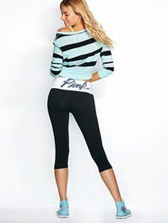 From biker shorts to leggings and yoga pants, find your fave styles at PINK! Shop the selection of shorts and leggings available in a variety of colors and sizes today. Outfits With Converse, Pink Outfits, Sport Outfits, Cute Outfits, Fashion Outfits, Yoga Fashion, Swag Outfits, Victoria Secret Outfits, Workout Attire