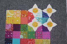 apotospitimou:  faux meadow quilt by partyofeight on Flickr.