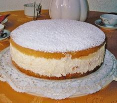 The world's best cheese cream cake (recipe with picture) Chefkoch.de The world's best cheese cream cake (recipe with picture) Chefkoch. Easy Cookie Recipes, Cupcake Recipes, Baking Recipes, Dessert Recipes, Bread Recipes, Baking Cupcakes, Cake Recipes With Pictures, Torte Au Chocolat, Chef Cake