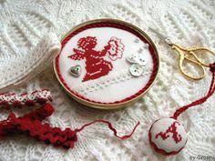 Angel Stitching Designer / Casa Mia Stitch Count / 32W * 31H Fabric / 28ct Lugana Zweigart - Antique White Thread / DMC