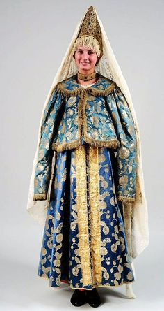 Female festive costume late 19th century-early 20th century. Kostroma Province