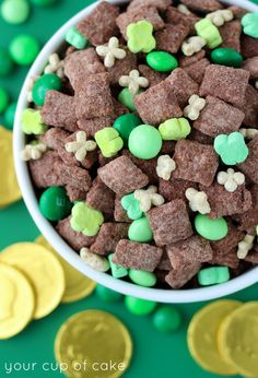 Leprechaun Muddy Buddies (mint chocolate!)