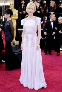 Clad in Givenchy couture, Cate Blanchett was subtle, albeit stunning, in her red carpet approach at the 83rd Annual Academy Awards.