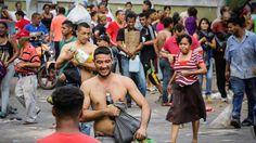Miles de comercios cierran en Venezuela por la falta de efectivo y los saqueos - http://www.notiexpresscolor.com/2016/12/19/miles-de-comercios-cierran-en-venezuela-por-la-falta-de-efectivo-y-los-saqueos/