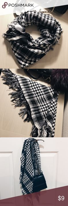 Black and white checkered scarf Knit lightweight scarf. Barely worn. ASOS Accessories Scarves & Wraps