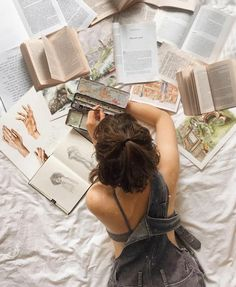 The little things 🥀 – book project – Fotografie Artist Aesthetic, Book Aesthetic, Aesthetic Photo, Aesthetic Pictures, Aesthetic Drawings, Creative Photography, Portrait Photography, Shotting Photo, Photographie Portrait Inspiration