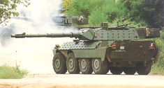 The Centauro anti-tank low-recoil force rifled gun fires standard NATO ammunition including APFSDS rounds. - Image - Army Technology