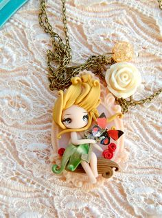 fairy necklace by lapetitedeco on Etsy Polymer Clay Fairy, Cute Polymer Clay, Cute Clay, Polymer Clay Dolls, Polymer Clay Creations, Polymer Clay Jewelry, Clay Projects, Clay Crafts, Polymer Project