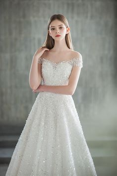 Simple Lace Wedding Dress, Red Wedding Dresses, Country Wedding Dresses, Princess Wedding Dresses, Designer Wedding Dresses, Ball Dresses, Ball Gowns, Mermaid Dresses, Marie