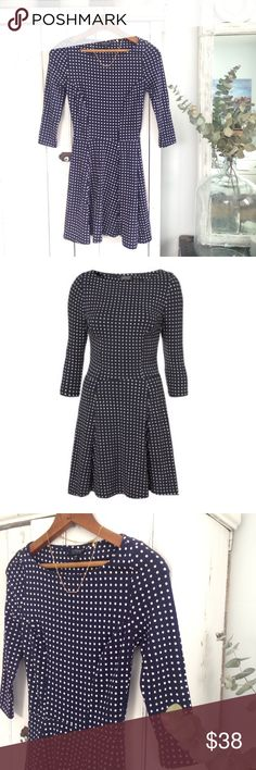 🆕 Topshop navy polka dot skater dress Navy and white polka dots are always a classic and paired with an A-line skater cut, they're even better!! In EUC! Soft jersey material, 3/4 sleeves. Size US 2/UK 6. Pair with a jean jacket and booties! Topshop Dresses