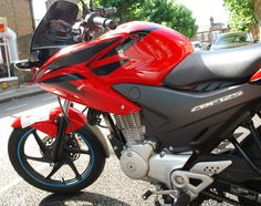 2009 - 2010 ~ Sayuri - Honda CBF125 Read the blog @ http://rufiodesign.tumblr.com/post/65472224710/path-of-the-rider-pt-2