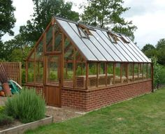greenhouses-designrulz (17) #greenhousediy #conservatorygreenhouse