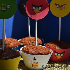 Angry Birds Birthday Party Printables - Cupcake Wrappers - To get your own set of these coolest Angry Birds birthday party invitations, please go to TinyPrintables.com. See you there!