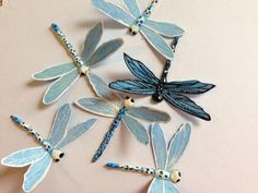 Blue & White Dragonfly brooch or hairclip by MontanaMariposa Dragonfly Decor, Dragonfly Jewelry, Diy Mother's Day Crafts, Mothers Day Crafts, Yarn Bowl, Art Nouveau Jewelry, Silver Brooch, Pretty Pictures, Jewelry Crafts