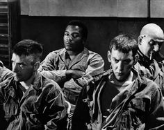 Jim Brown,Telly Savalas, John Cassevettes and Donald Sutherlnd in The Dirty Dozen