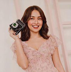 Filipina Actress, Filipina Beauty, Cute Couples Goals, Couple Goals, Bad Boy Aesthetic, Daniel Padilla, Kathryn Bernardo, Aesthetic Pastel Wallpaper, Bad Boys
