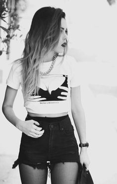 crop top and chain