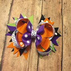 Halloween Hair bow, Halloween, hairbow, bow, halloween bow, black and orange bow, purple and green bow, fall hair bow by BBgiftsandmore on Etsy