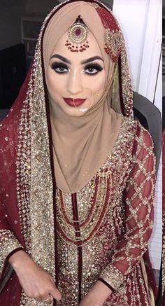 Bridal Hijab Styles, Asian Bridal Dresses, Asian Wedding Dress, Muslim Wedding Dresses, Muslim Brides, Pakistani Bridal Lehenga, Pakistani Bridal Makeup, Walima, Hijab Bride