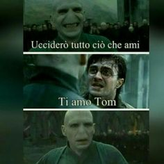 Read Harry e Voldemort from the story Immagini Divertenti Harry Potter by (moonchild) with reads. Harry Potter Quiz, Harry Potter Tumblr, Harry Potter Anime, Harry Potter World, Voldemort, Melanie Martinez, Einstein, Savage Quotes, Draco Malfoy