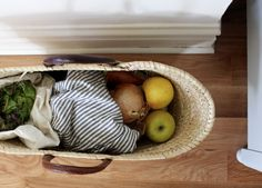 Reusable produce bags | Straw market tote | Plastic-free shopping tips