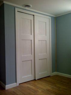 bypass closet doors diy-wood-projects