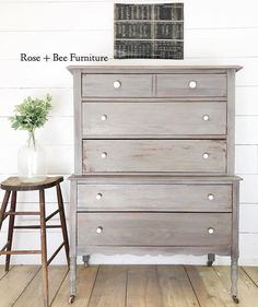 This is the most stunning roundup of 20 furniture makeovers done by the most creative and talented furniture artists out there! Furniture Logo, Chalk Paint Furniture, Ikea Furniture, Furniture Projects, Furniture Plans, Furniture Makeover, Office Furniture, Furniture Design, Furniture Refinishing