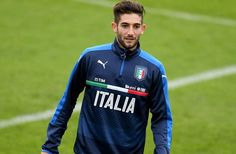 Berita Bola: Calon Penerus De Rossi di Timnas Italia -  https://www.football5star.com/international/berita-bola-calon-penerus-de-rossi-di-timnas-italia/