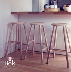 'Bok' stool in contemporary kitchen Rustic Bar Stools, Black Bar Stools, Modern Bar Stools, Tall Stools, Counter Height Stools, Kitchen Stools, Wooden Kitchen, Danish Modern, Cafe Design