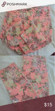 Vanilla Star Flower Jeans Cute used stretch  pants . Size Jr. 9. Peach color backround Pants Skinny