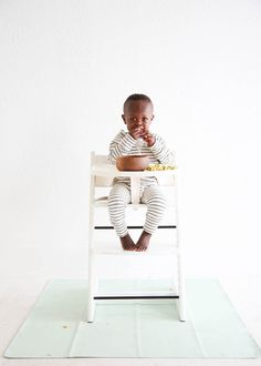 Mint Mini Mat from Gathre - perfect highchair mat for easy clean up!