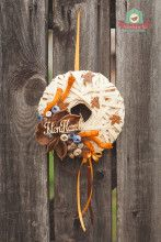 Diszkosz alakú, nyírfafonatos ajtódísz Wreaths For Front Door, Halloween, Home Decor, Decoration Home, Room Decor, Home Interior Design, Home Decoration, Spooky Halloween, Interior Design