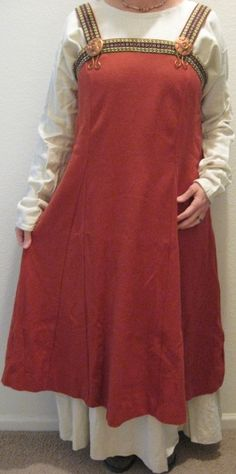 """Norse burka dress and apron""      Re-Pinned because I like the cut of the apron dress."