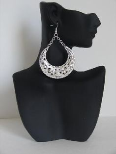 http://royalvixen.com/  Gypsy Girl earring