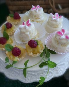 Fairy Cakes and Lemon Curd Tartlets