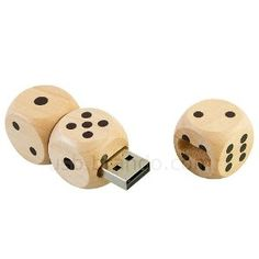 High Quality 8 GB Cool Wooden Dices style USB Flash Drive