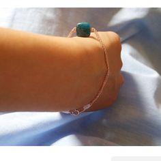 Rosegold dainty bracelet  minimalist jewelry, Electric blue gemstone by LilBlueFishOfLille on Etsy.com