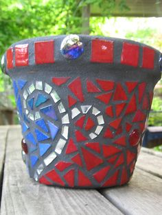 Red and blue mosaic pot 3 by anmabar, via Flickr