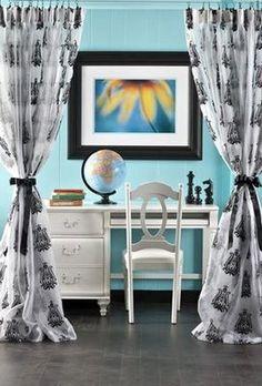 egg blue background for black white scheme