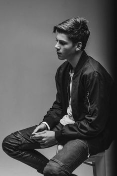 Image result for ruel Beautiful Boys, Pretty Boys, Beautiful People, Wattpad, Dazed And Confused, Boys Like, Celebs, Celebrities, To My Future Husband