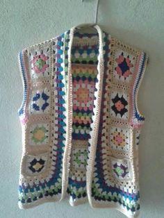 Fabulous Crochet a Little Black Crochet Dress Ideas. Georgeous Crochet a Little Black Crochet Dress Ideas. Crochet Waistcoat, Gilet Crochet, Crochet Vest Pattern, Crochet Jacket, Crochet Blouse, Crochet Motif, Crochet Stitches, Knit Crochet, Knitting Patterns