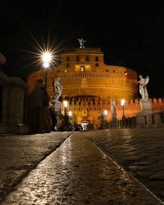 Roma: Castel S. Angelo by night ♠ Michele Carelli (@m_i_k_a_e_l) su Instagram