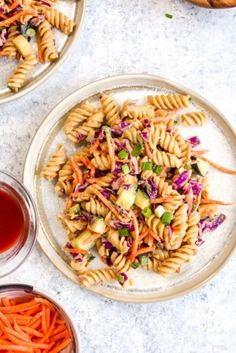 Protein Packed Thai Pasta Salad is a healthy 20 minute dinner. It packs in over 18 grams of protein and is full of veggies! Asian Pasta Salads, Thai Pasta, Caprese Pasta Salad, Easy Pasta Salad Recipe, Pasta Recipes, Budget Recipes, Chicken Recipes, Ensalada Thai, Healthy Salads