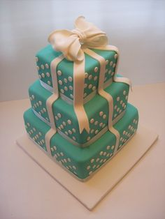 Wedding Cake Auckland $750 caters for 100-120 coffee serves