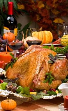 The Best Thanksgiving Wine to Serve at the Thanksgiving Dinner Table. Thanksgiving wine should complement the Thanksgiving dinner menu - here are some tips.
