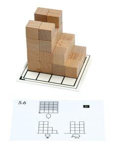 Opdrachtkaarten voor houten kubussen > Cubo. Bouwen met houten kubussen De kaarten van deel 3- 5 laten 3 aanzichten zien (voor-, zij en boven aanzicht). Met houten blokjes bouwen de leerlingen de opdracht op de bouwkaart. Als zelfcontrole staat op de achterkant het antwoord in een drie-dimensionaal aanzicht. Te koop set 3-4-5, Geschikt voor 2 kinderen tegelijkertijd. 10 opdrachtkaarten + 2 blanco voor eigen ontwerp. Vraagprijs 10 euro. Via www.praktijklezenenzo.nl . Ga naar de contactpagina. Math Activities For Kids, Fun Math, Kids Learning, Primary Education, Primary School, Kids Education, Teaching First Grade, Teaching Math, Teaching Aids