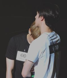 Image discovered by Ray ♔ ‏. Find images and videos about exo, baekhyun and sehun on We Heart It - the app to get lost in what you love. Baekhyun, Chanbaek, Kpop Exo, Exo K, Exo Facts, Exo Couple, Xiuchen, Kim Jongdae, Exo Members
