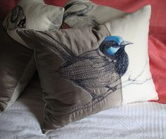 Blanket Cushion- Superb Blue Wren by Tara Badcock, via Flickr Hat Embroidery, Free Motion Embroidery, Cross Stitch Embroidery, Embroidery Ideas, Freehand Machine Embroidery, Free Machine Embroidery, Embroidered Cushions, Embroidered Bag, Fabric Bags