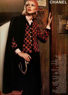 Chanel, 1975 Coco Chanel Fashion, 70s Fashion, Fashion History, Fashion Art, Vintage Fashion, Womens Fashion, Fashion Design, Vintage Couture, Vintage Chanel