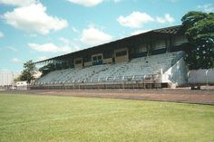 Estádio Municipal Erich George - Rolândia (PR) - Capacidade 1,6 mil - Clube: Nacional